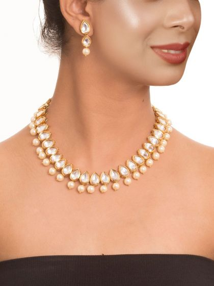 Kundan and Pearl Necklace Set