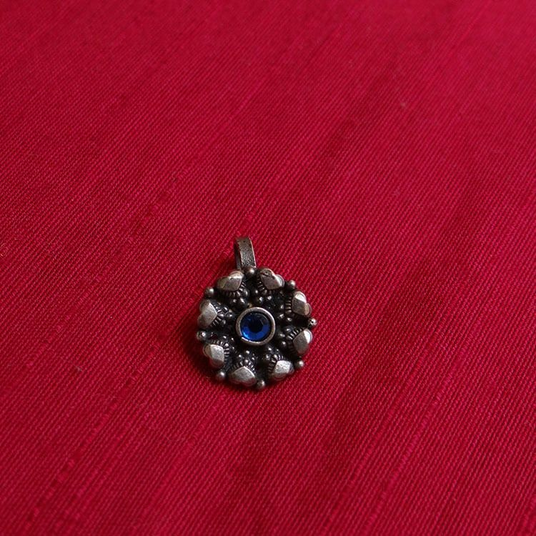Blue Stone Silver Nose Pin