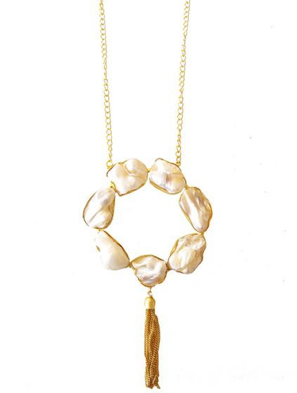 Pearl Pendant with Golden Chain