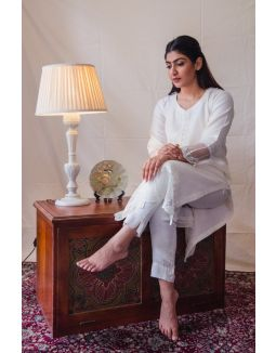 Off-white Kurta Set with organza patchwork embroidery