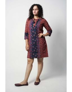 Maroon Tie-up Shift Dress