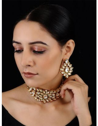Flower Golden Kundan Choker Set