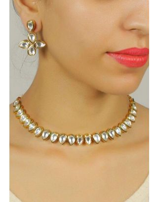Elegant Kundan Necklace Set