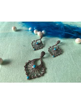 Feather Design With Marcasite & Turquoies Stone Pendent Set