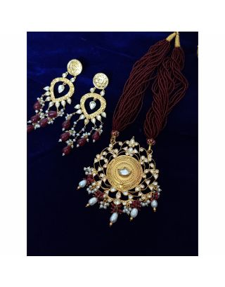 Maroon Kundan Pearl Gold Necklace Set