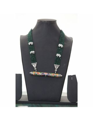 Green Beaded Necklace with Jaisalmeri Pendant