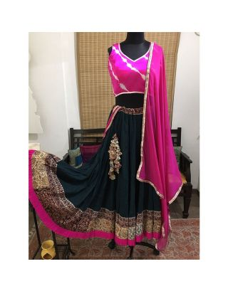 Laheriya Pink and Dark Blue Kalamkari Chaniya Choli Set