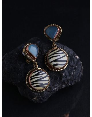 Captivating Calcy Earring