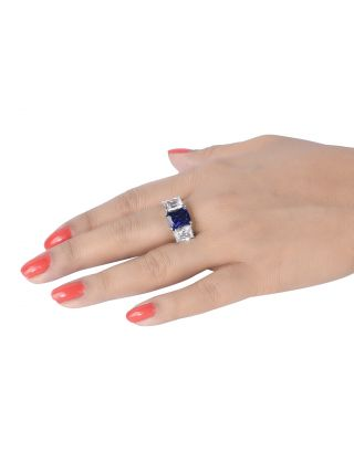White And Blue Diamonds Ring