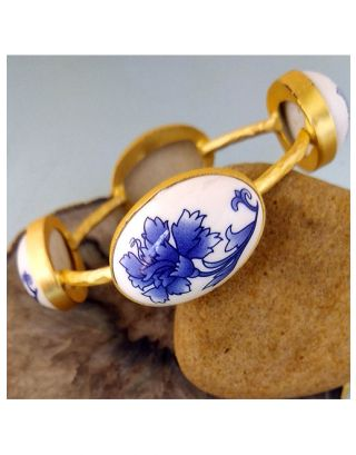 White Floral Gold Bangle