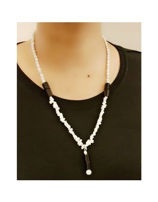 Black and White Beads Necklace