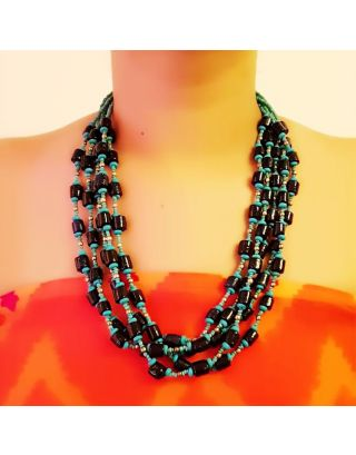 Black and Blue Beads Necklace