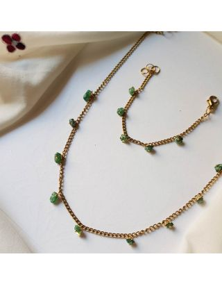 Mica Green Minimal Necklace Set
