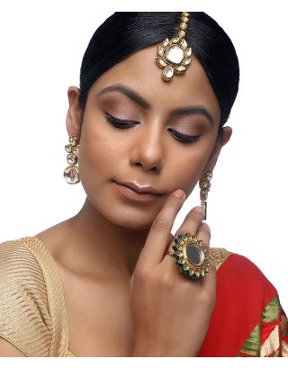 Kundan Tikka, Earrings and Ring Set