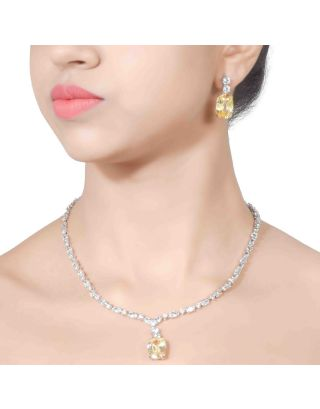 Solitaire Yellow Pendant Necklace Set