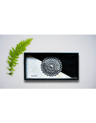 Ying Yang Wood and Resin Tray with Gift Box