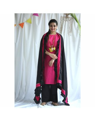 Pink Kurta With Black Frilled Dupatta