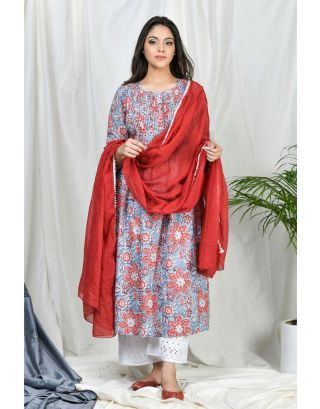 Floral Pintucks Kurta Set