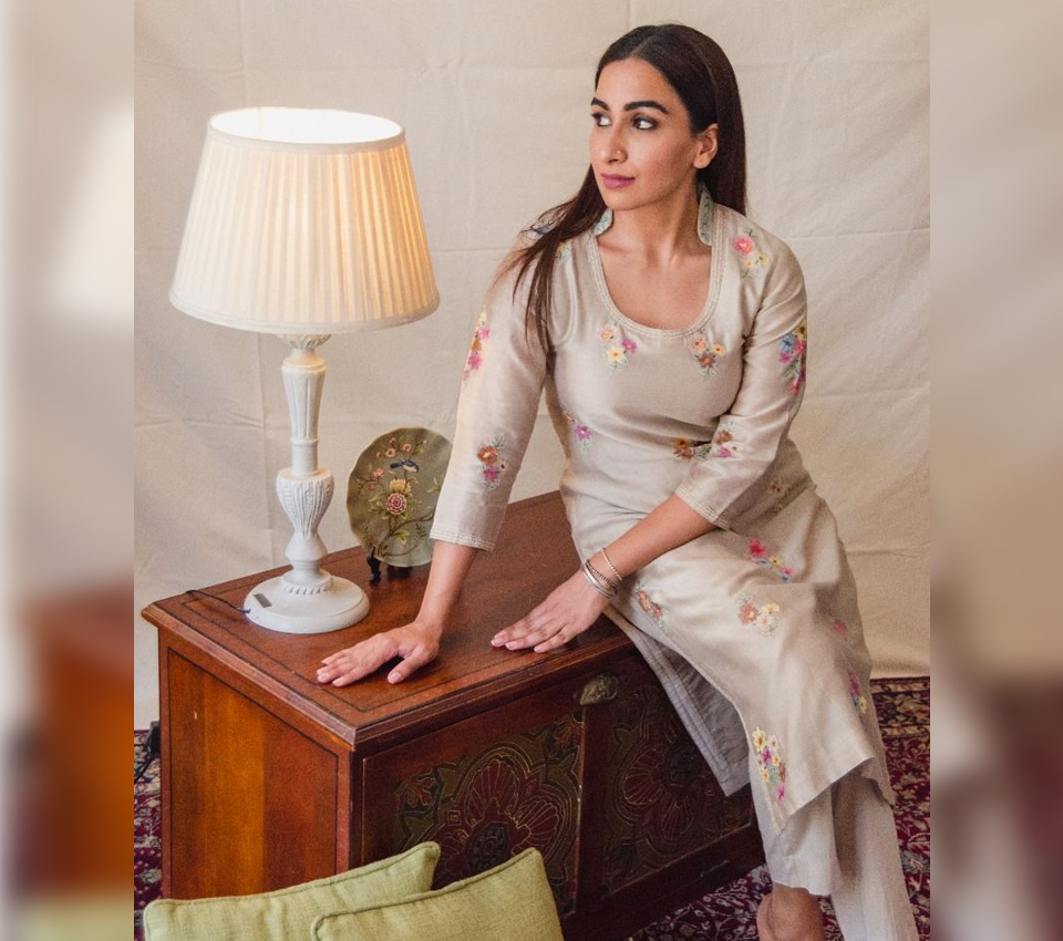 BEIGE KURTA SET WITH MULT- COLORED FLORAL EMBROIDERY